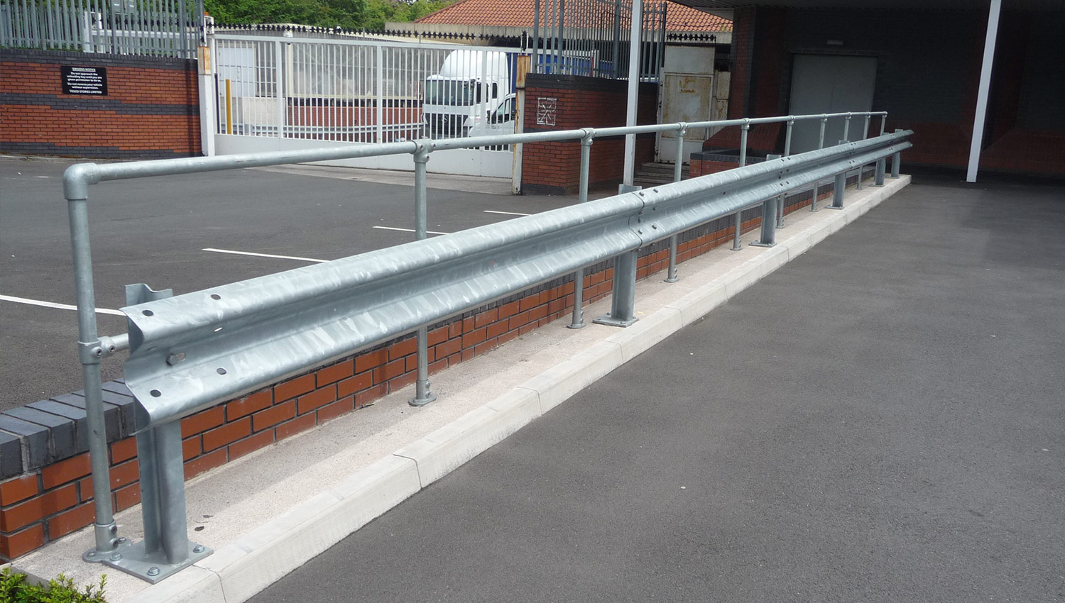 Armco Crash Barriers – A Buyer's Guide